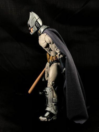 neca-sdcc-batman-predator - 12