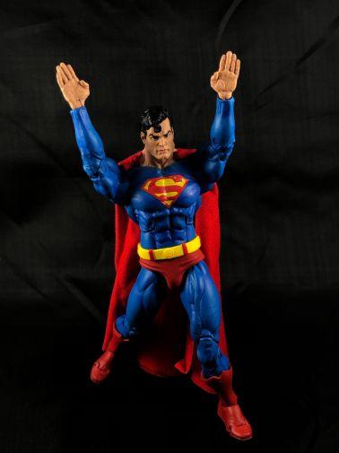 neca-sdcc-superman-aliens - 12
