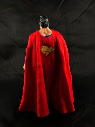neca-sdcc-superman-aliens - 4