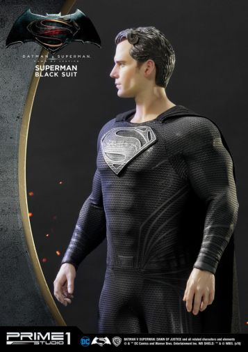 Prime 1 Studio - Superman - Black Suit Superman - 04