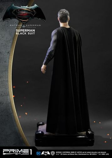 Prime 1 Studio - Superman - Black Suit Superman - 05