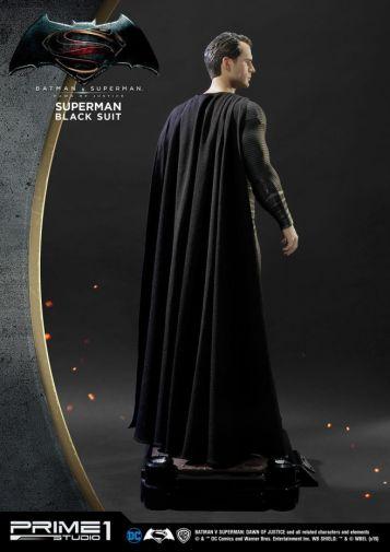 Prime 1 Studio - Superman - Black Suit Superman - 09