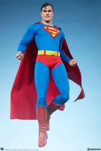 Sideshow - Superman - Sixth Scale Figure - 03
