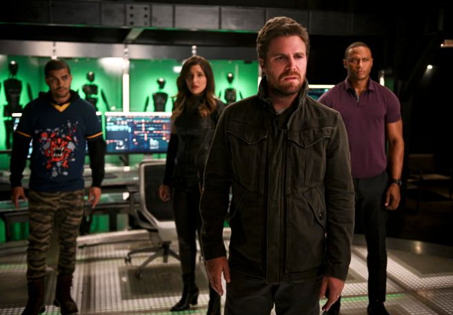 Arrow - Season 8 - Ep 04 - 01