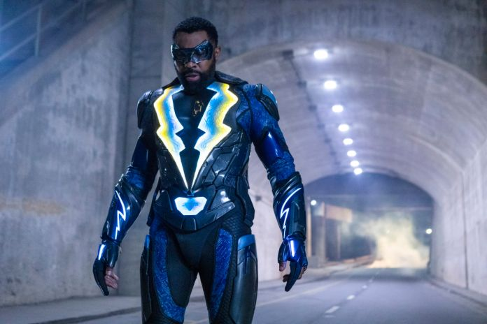 Black Lightning - Season 2 - Ep 16 - 01