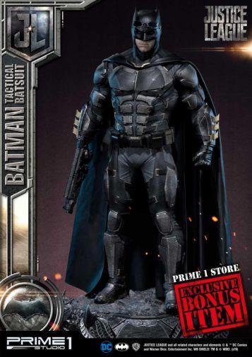 Prime 1 Studio - Justice League - Batman Tactical Batsuit - 03