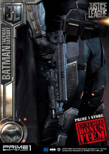Prime 1 Studio - Justice League - Batman Tactical Batsuit - 05