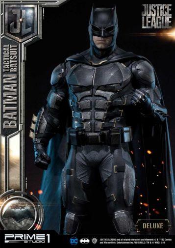 Prime 1 Studio - Justice League - Batman Tactical Batsuit - 11