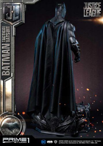 Prime 1 Studio - Justice League - Batman Tactical Batsuit - 14