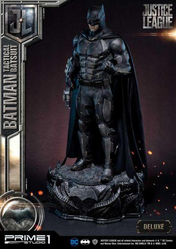 Prime 1 Studio - Justice League - Batman Tactical Batsuit - 21