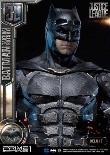 Prime 1 Studio - Justice League - Batman Tactical Batsuit - 27