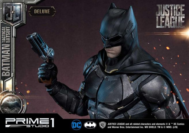 Prime 1 Studio - Justice League - Batman Tactical Batsuit - 29