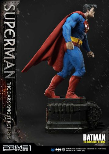 Prime 1 Studio - Superman - The Dark Knight Returns - 10
