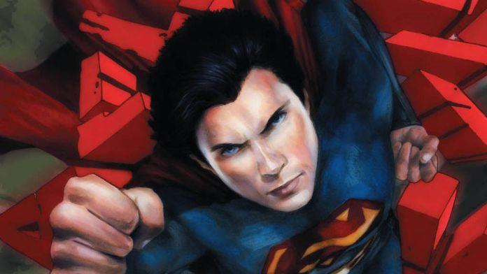 Smallville - Season 11 - Comic - Featured - 01