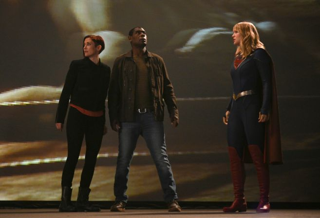 Supergirl - Season 5 - Ep 04 - 01