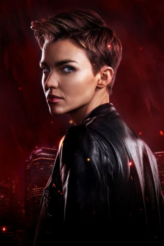 Batwoman - Season 1 - Gallery - Poster - Kate - 01