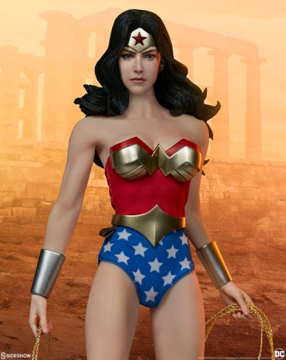 Sideshow - Wonder Woman - Sixth Scale Figure - 11