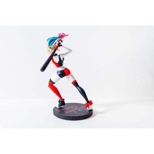 DC Collectibles - DC Universe - Harley Quinn Show Statue - 05