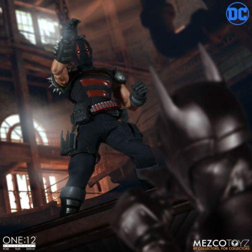 Mezco Toyz - Batman - KGBeast - 05