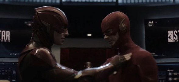 Crisis on Infinite Earths - Flash meets Flash