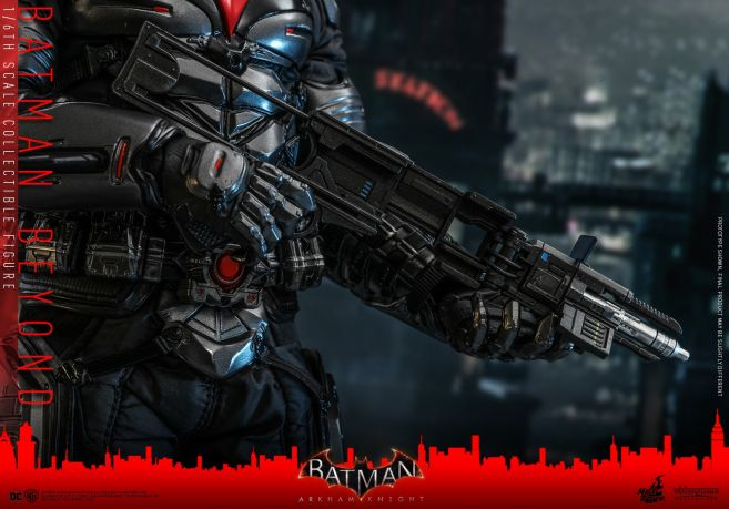 Hot Toys - Arkham Knight - Batman Beyond - 12