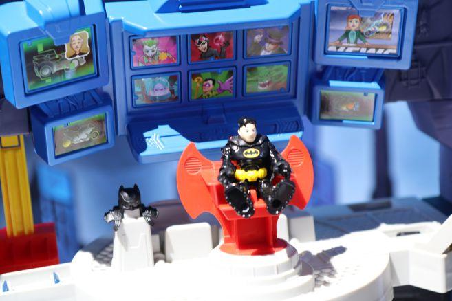 Mattel - Toy Fair 2020 - Imaginext - Batcave - 03