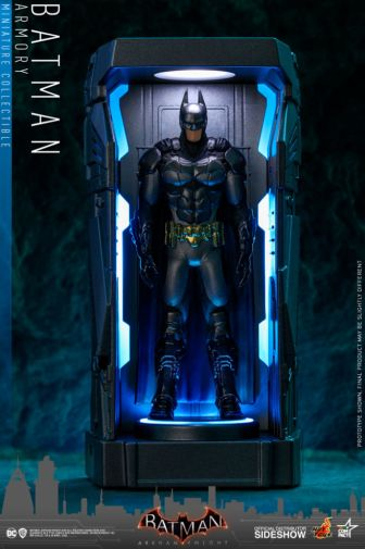 Hot Toys - Batman - Arkham Knight Armory - 06