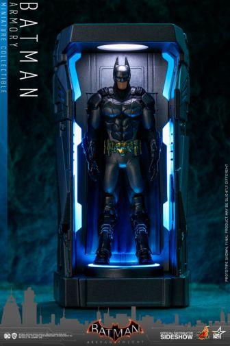 Hot Toys - Batman - Arkham Knight Armory - 06