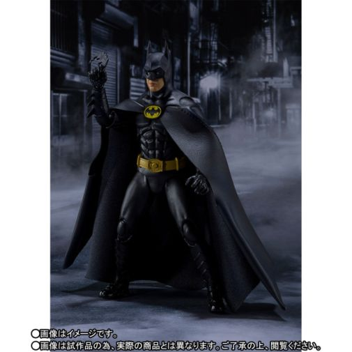 SH Figuarts - DC - Batman 1989 - 03
