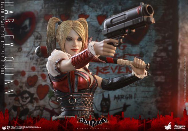 Hot Toys - Arkham Knight - Harley Quinn - 06