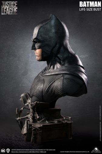 Queen Studios - Justice League - Batman - Life-Size Bust - 15