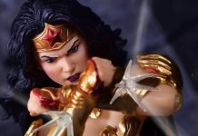 Mezco Toyz - Wonder Woman - Featured - 01