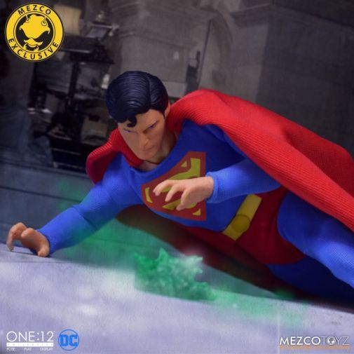 Mezco Toyz - Superman - Christopher Reeve - 10