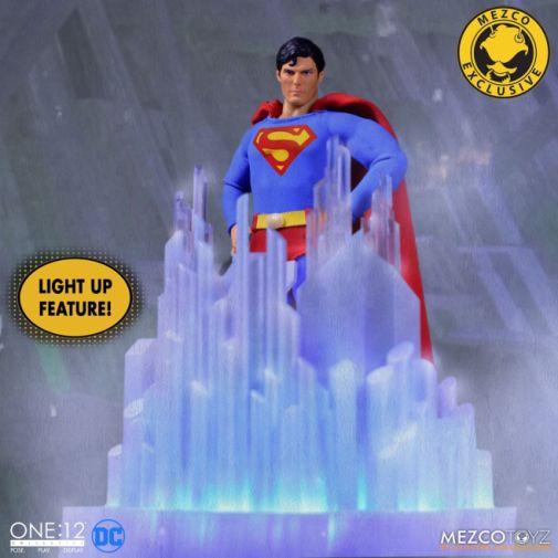 Mezco Toyz - Superman - Christopher Reeve - 13