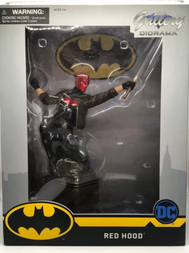diamond-select-toys-red-hood-gallery - 4