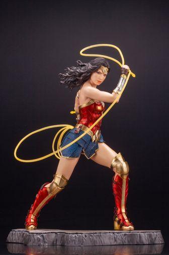 Kotobukiya - Wonder Woman 1984 - ARTFX - 01