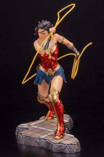 Kotobukiya - Wonder Woman 1984 - ARTFX - 07
