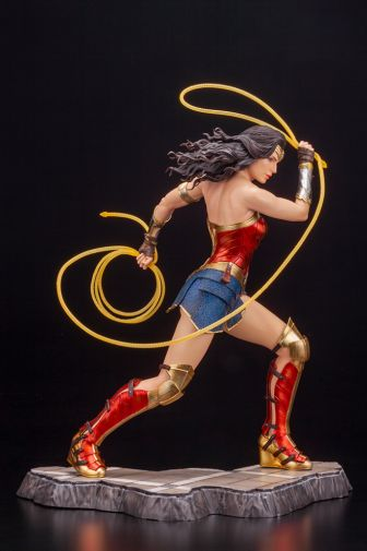 Kotobukiya - Wonder Woman 1984 - ARTFX - 10