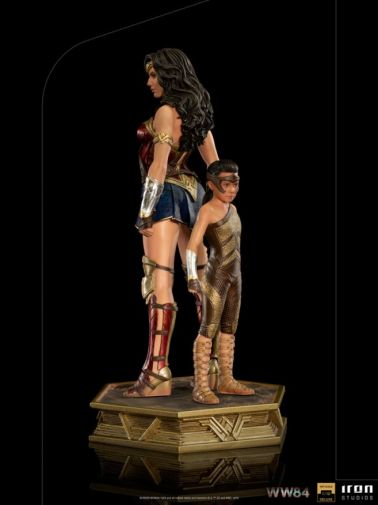 Iron Studios - DC Comics - Wonder Woman 1984 - Evolution of Wonder Woman - 03