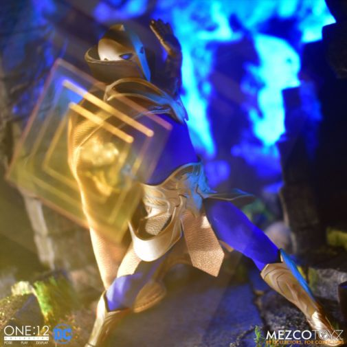Mezco Toyz - One 12 Collective - Doctor Fate - 08
