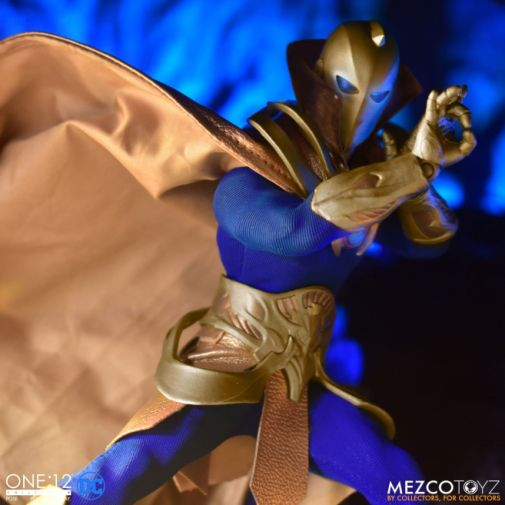Mezco Toyz - One 12 Collective - Doctor Fate - 10