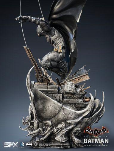 Silver Fox Collectibles - Batman - Arkham Knight Batman - 18