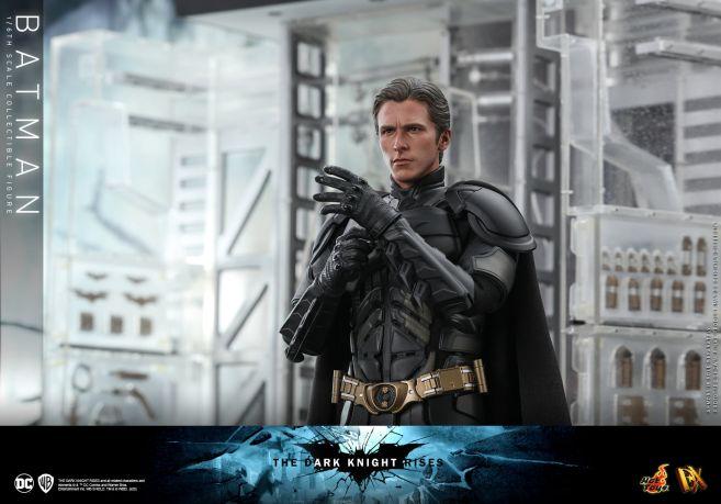 Hot Toys - The Dark Knight Rises - Batman - 17