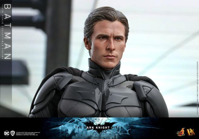 Hot Toys - The Dark Knight Rises - Batman - 18