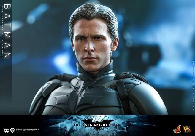 Hot Toys - The Dark Knight Rises - Batman - 19