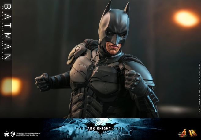Hot Toys - The Dark Knight Rises - Batman - 23