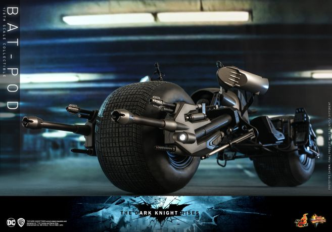 Hot Toys - The Dark Knight Rises - Batpod - 11