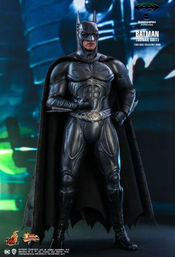 Hot Toys - Batman Forever - Sonar Suit Batman - 04