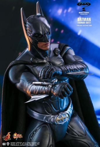 Hot Toys - Batman Forever - Sonar Suit Batman - 05