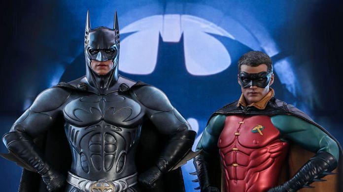 Hot Toys - Batman Forever - Sonar Suit Batman - Featured - 01